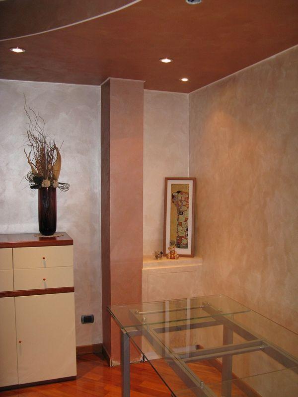 Pittura pareti effetto nuvolato design casa creativa e for Pittura per interni colori